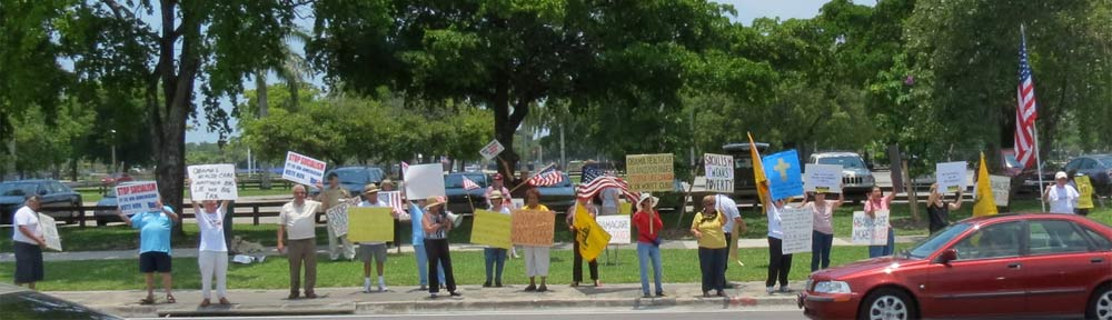 MIAMI-TEA-PARTY-RALLY-.jpg